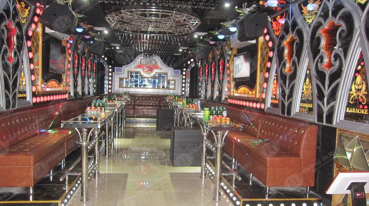 hoang-audio-va-du-an-18-phong-hat-karaoke-tai-night-star-kinh-mon-hai-duong-7
