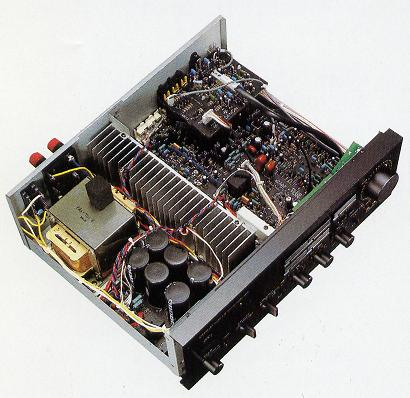 chi-tiet-ampli-nghe-nhac-denon-700v-1