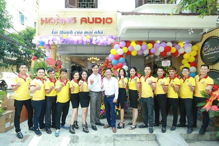 Tập thể Hoàng Audio